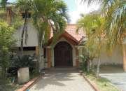 Casa en venta en altos de arroyo hondo ii santo domingo