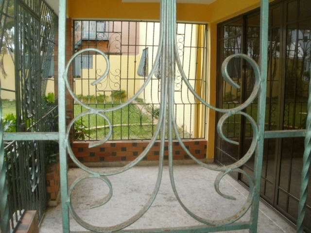 Eduardo fajardo alquiler casa 30.000rd$ mirador norte