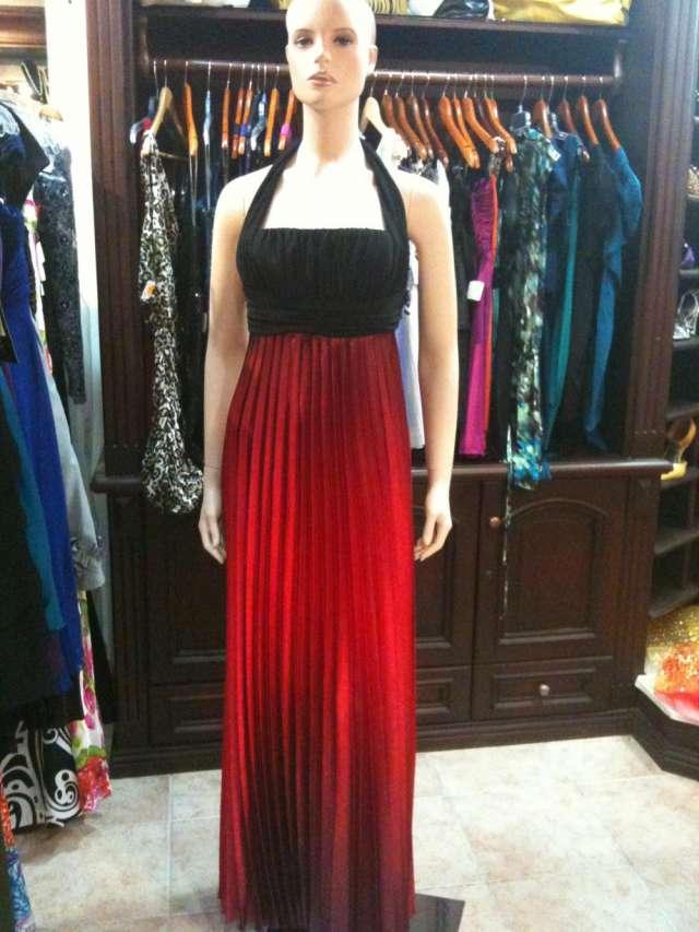Fotos de Vendo mi tienda ropa de mujer 1