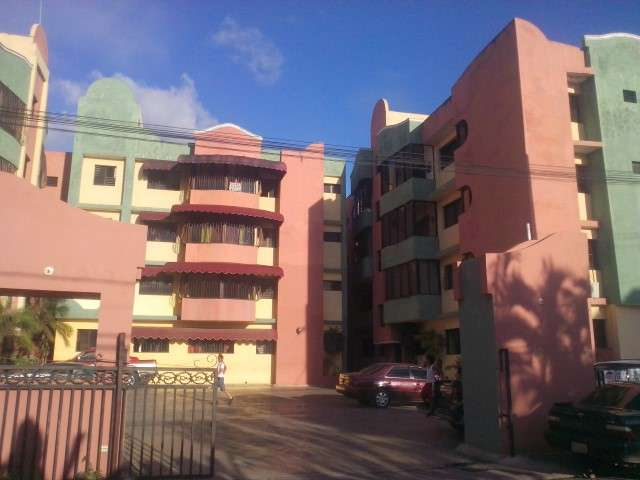 Fotos de Nexo real estate vende apartamento en las americas (hfa-118) 1