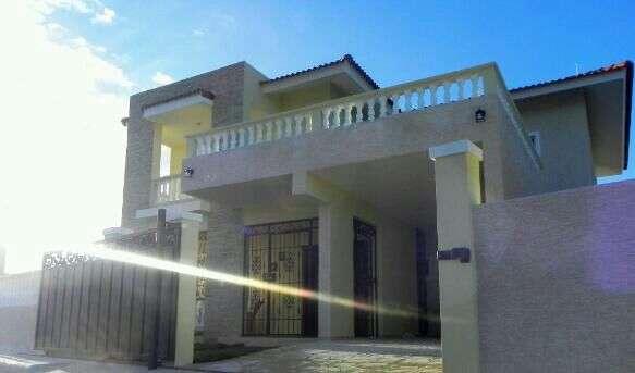 Rento casa amueblada en residencial monte bravo camino a sosua puerto