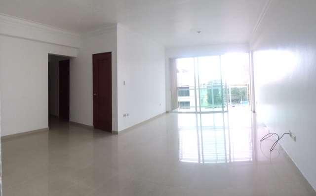 Excelente apartamento con vista al área verde de gazcue