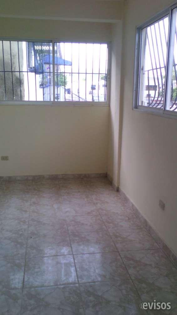 Alquiler apartamento de dos habitaciones en gascue, sin amueblar