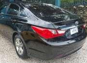 Hyundai sonata negro Y-20 año 2013