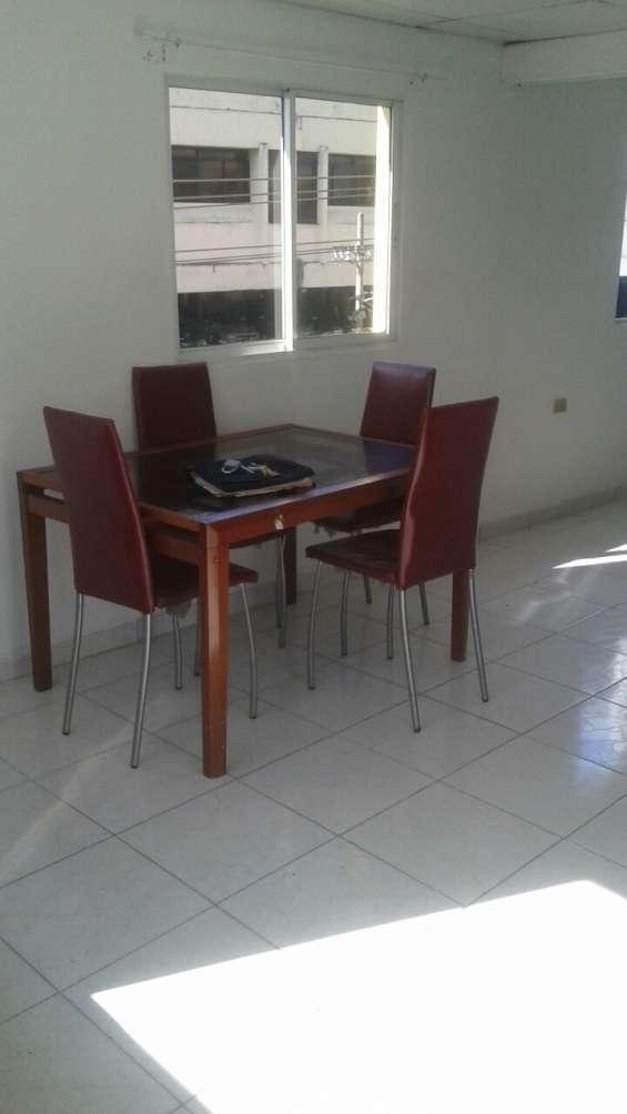 Amplio apartamento amueblado en gazcue, próximo a unibe, palacio policía nacional, caribe tours.