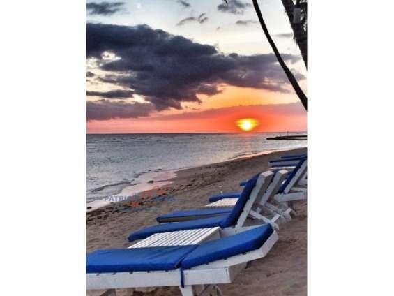 Apartamento en venta hermosa vista a la playa, juan dolio, san pedro de macorís.