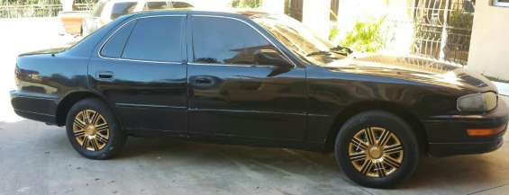 Carro color negro