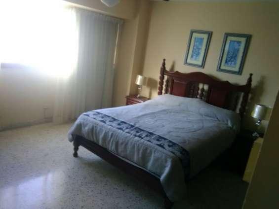 Alquilo apartamento amueblado 3 habitaciones