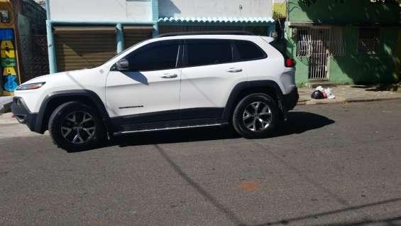 Jeep cherokee latitude 16