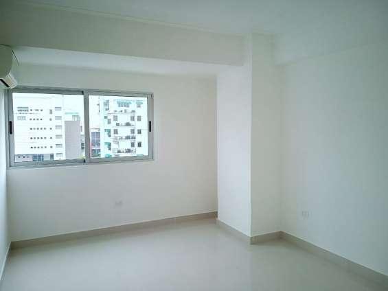 Apartamento de dos habitaciones en bella vista en alquiler