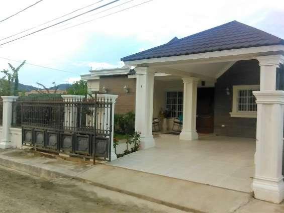 Casa de venta en zona residencial en jarabacoa (rmc-151)