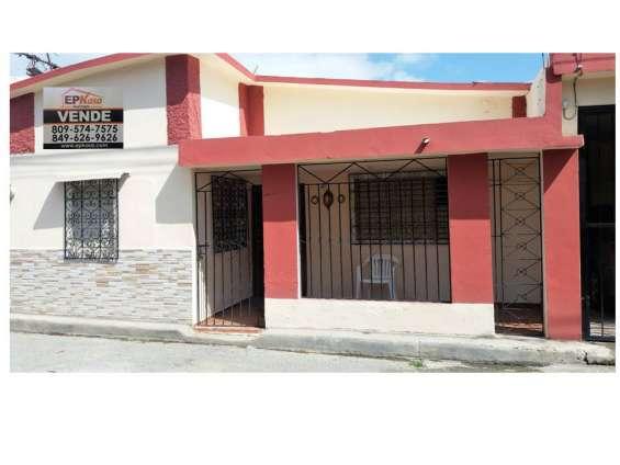 Casa de venta en zona mixta en jarabacoa (rmc-152)